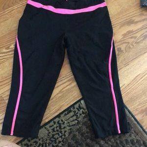 Workout leggings size large